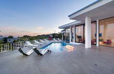 Mansion dream house: Mid-Century Masterpiece #mansion #dreamhome #dream #luxury
