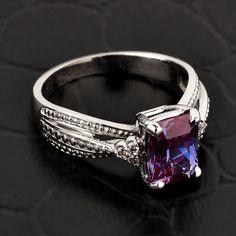 Alexandrite ring gold Alexandrite ring van CaliRoseJewelry op Etsy