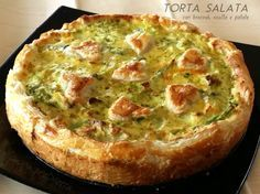 Tart with sheep's ricotta cheese and broccoli - ChiantiLife Antipasto, Strudel, Fun Cooking, Cooking Recipes, Healthy Recipes, Polenta, I Chef, Broccoli Recipes, Food Photo