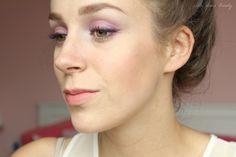 Waterproof eyeliner #7303 Black, Op maat oogschaduwpalet #21624 Party Purple, Blush Tint #23132 Gold