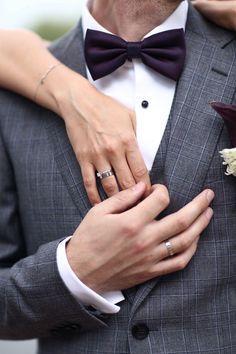 Groom photoshoot - Gorgeous bride and groom photos brideandgroomphotos Wedding Poses, Wedding Photoshoot, Wedding Tips, Wedding Couples, Wedding Bride, Wedding Day, Wedding Scene, Wedding Ceremony, Church Wedding