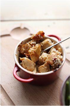 Crumble de poulet aux noisettes, sauce pain d'épices