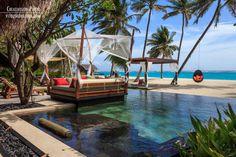 Beach villa area One&Only Reethi Rah
