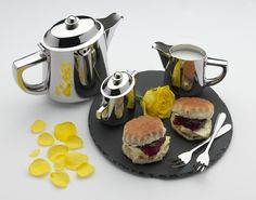 Cafe Stal Regency deluxe servingware - beautifully designed and manufactured from deluxe quality stainless steel
