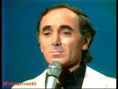 ▶ Charles Aznavour chante Hier encore - 1976 - YouTube