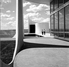 Alvorada Palace Chapel : Capela do Palácio da Alvorada, Brasilia | Oscar Niemeyer