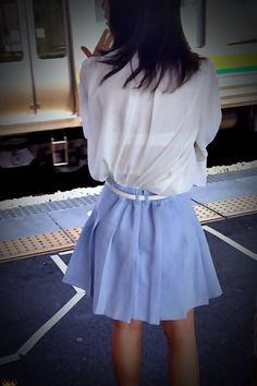 High School Girls, Bra Straps, New Outfits, Skater Skirt, Woman, Skirts, Fashion, Summer Time, Dirndl
