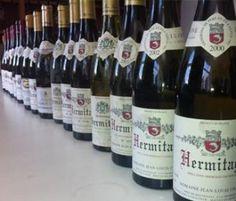 Vino Hermitage - bodega en casa Wines Suite   #bodegaencasa #vinoteca #bodegaprivada #bodegadevinos #vino #winessuite #bodegadeguarda  🍾 🍾  Wines Suite - Bodega en casa 🍾🍾  more photos in http://www.winessuite.com/