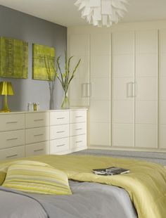 Eastern inspired bedroom colour scheme