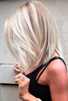 Hair Color Trends 2018 Highlights : 17 Popular Medium Length Hairstyles for Those With Long Thick Hair See Hair Color And Cut, Short Hair Styles, Blonde Hair Styles Medium Length, Thick Hair Styles Medium, Shoulder Length Blonde Hairstyles, Cute Hair Cuts Medium, Shoulder Length Hair Cuts With Layers, Hairstyles For Medium Length Hair With Layers, Mid Length Blonde Hair