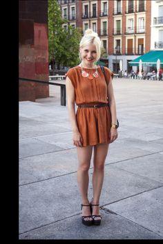 moda en la calle verano en madrid: mono de Topshop