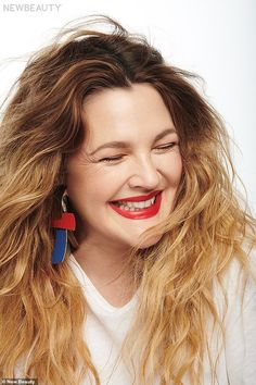 Drew Barrymore Tells Us Her Go-To Derm Treatment, Favorite Skincare Products and the One Item All Women Need Ombre Hair, Red Hair, Drew Barrymore Hair, National Lipstick Day, Beauty Junkie, Tinted Moisturizer, Blonde Highlights, Celebrity Hairstyles, Red Lipsticks