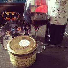 Au programme de ce soir #vin #bordeaux #rillettes #canard #Batman #Burton