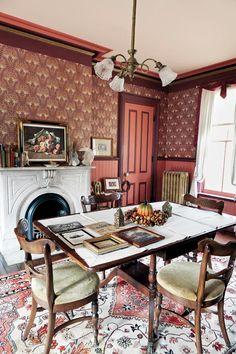 """The Bialk's Milwaukee Italianate dining room with """"Lily"""" wallpaper by Bradbury & Bradbury. #bradburywallpaper"""