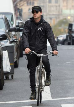 Justin Theroux in NYC