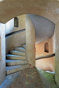 A stairwell in decorator François Gilles's home in Taroudant, Morocco.