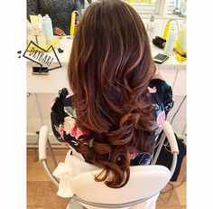 Pretty, pretty #CosmoTai! Blowout by stylist Kaity at Drybar Meat Packing!
