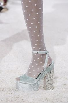 Giamba Ready To Wear Spring Summer 2015 Milan Pretty Shoes, Cute Shoes, Me Too Shoes, Aesthetic Shoes, Aesthetic Clothes, Dream Shoes, Crazy Shoes, All About Fashion, Live Fashion
