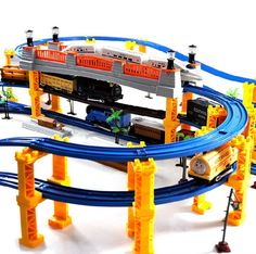 94.39$  Watch here - http://ali2v1.worldwells.pw/go.php?t=32536964586 - Diamond 138 PIECES 3 Layers 4 Kinds of Locomotives Music thomas train track rail slot car toy electric train set toy Kids Toy 94.39$