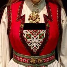 Bilderesultat for hardangerbunad Hardanger Embroidery, Folk Costume, Traditional Outfits, Norway, Textiles, Celebs, Womens Fashion, How To Wear, Clothes