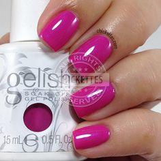 Gelish Cancan We Dance? – peachy-pink with iridescent purple shimmer (spring Gelish Cancan We Dance? – peachy-pink with iridescent purple shimmer (spring Ooh La La Collection) Gelish Nail Colours, Gel Polish Colors, Shellac Nails, My Nails, Oval Nails, Nail Polishes, Trendy Nails, Cute Nails, Eye Makeup
