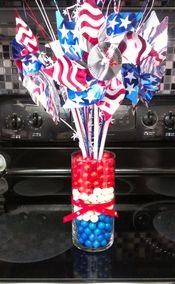 patriotic centerpieces for tables | ... , Linda, makes wonderful centerpieces for every occassion & theme