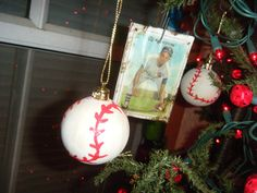 Baseball Christmas tree! Its So Very Creative-Our kids themed Christmas Trees–Its Beginning to look a lot like Christmas