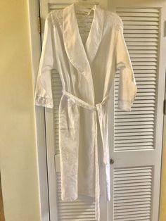 Victoria Secret White 100% Cotton  amp  Lace Belted Wrap Robe Bathrobe   VictoriasSecret   07b53d2a0