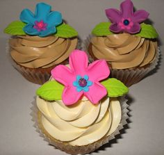 Flower Cupcakes | Flickr - Photo Sharing!