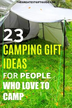 Gifts For People Who Love To Camp! Our gift guide is full of unique camping gifts perfect for women or for men. Our gift suggestions would even work for a couple who enjoys taking off and spending tim Diy Christmas Gifts For Dad, Diy Gifts For Men, Trending Christmas Gifts, Gifts For Kids, Unique Gifts, Camping Gift Baskets, Camping Gifts, Camping Gear, Camping Style