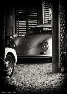 Classic car. Classic garage.    www.ScottsdaleCabGuy.com :  The black and White effect is just beautiful.