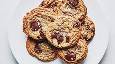 Brown Butter and Toffee Chocolate Chip Cookies Recipe   Bon Appetit