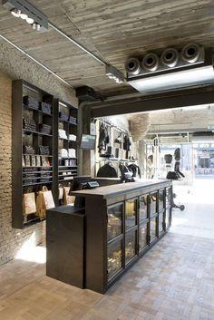 5b5c86234bc81f Replay new concept store - Antwerp (Belgium)