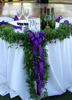 Simple sweetheart table in the vines