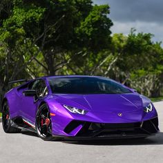 """4,622 Likes, 19 Comments - MadWhips World's Hottest Cars (@madwhips) on Instagram: """"Performante NEW IG WEBINAR! LEARN 9 ways YOU can make TODAY! ➖ Watch the FREE WEBINAR to get …"""""""