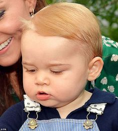 Prince Louis bears striking resemblance to Kate Middleton at same age Baby Prince, Prince And Princess, Princess Kate, Princess Charlotte, Prince George Alexander Louis, Prince William And Catherine, William Kate, King And Queen Pictures, Pictures Of Prince