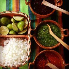 El Hidalguense: perfect salsas for the lamb barbacoa. #mopatseason10