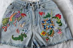 The Nifty Stitcher: Hand Embroidery / Needlework. ~ Beautiful work on a pair of shorts.