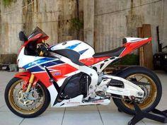 Forsale CBR1000RR Honda SP 2014 - SURABAYA
