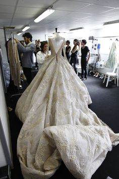 Backstage Fashion - haute couture behind the scenes - finishing touches before a runway show // Elie Saab