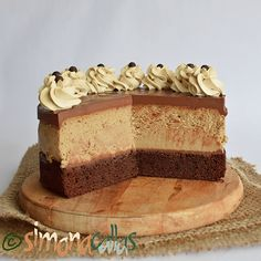 Cheesecake cu cafea si ciocolata Cake Flavors, Vanilla Cake, Chocolate Cake, Carne, Bakery, Cheesecake, Sweets, Cookies, Desserts