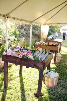The food displays at this Idaho wedding look like a virtual mini-farmers market. See the original feature for close-ups. Really incredible.