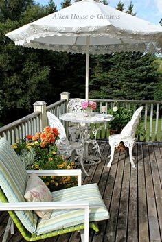 Aiken House & Gardens: Garden Relaxation ( Breakfast on the veranda to start the day. Outside Living, Outdoor Living, Wicker Porch Furniture, Garden Nook, Chelsea Garden, Cozy Cottage, Cottage Patio, Cottage Ideas, Pastel Room