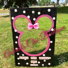 Minnie Mouse Party Decor Photobooth Aubree S Chic Boutique Minnie Mouse Theme, Minnie Mouse Baby Shower, Mickey Mouse Clubhouse Birthday, Mickey Mouse Birthday, Minie Mouse Party, Minnie Mouse Party Decorations, Mouse Parties, 1st Birthday Girls, 3rd Birthday Parties