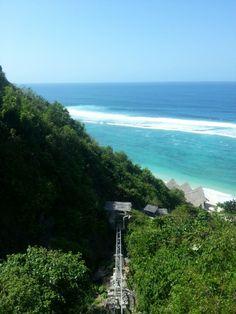 Finn beach club, Bali
