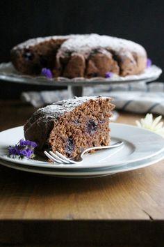 Schokoladenkuchen mit Kirschen, Veganer Schokoladenkuchen, Veganer Kirschkuchen