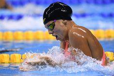 A nadadora russa Yulia Efimova ganhou a medalha de prata nos 100m peito dos…
