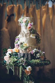dreamy garden wedding cake.