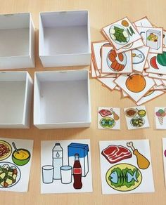 Materiales_TEACCH_Caja_de_clasificacion_Alimentos_pictogramas_ARASAAC_1 Toddler Learning Activities, Hands On Activities, Teaching Kids, Sequencing Pictures, Shapes For Kids, Classroom Games, Preschool Themes, Baby Education, Good Notes