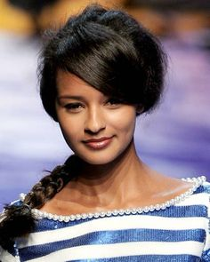 Spring Hair Trends 2010 – Hairstyles from Paris Fashion Week - ELLE #2010FashionTrends